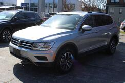 2020_Volkswagen_Tiguan_SE w/Moonroof_ Seattle WA