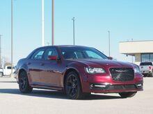 2021_Chrysler_300_S V8_  TX