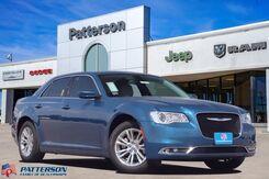 2021_Chrysler_300_Touring_ Wichita Falls TX