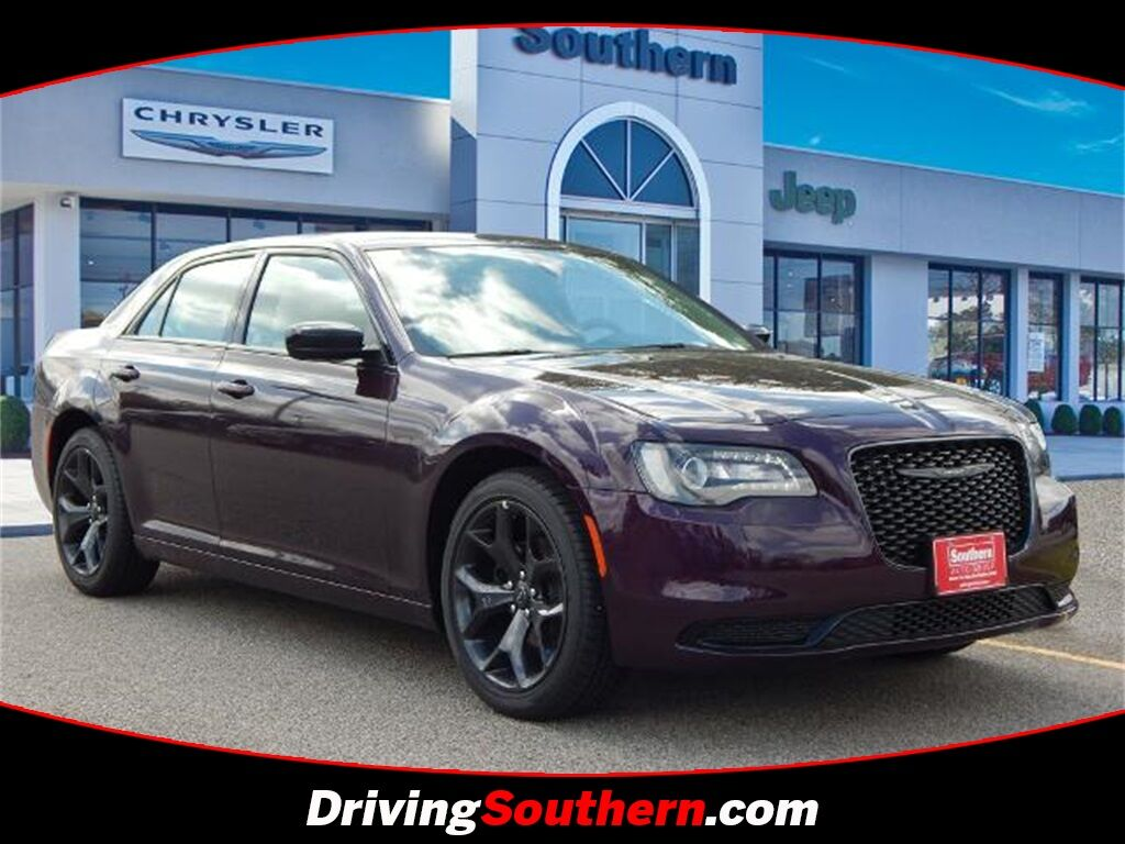 2021 Chrysler 300 Touring Chesapeake VA