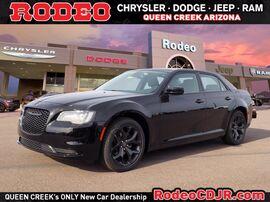 2021_Chrysler_300_Touring_ Phoenix AZ