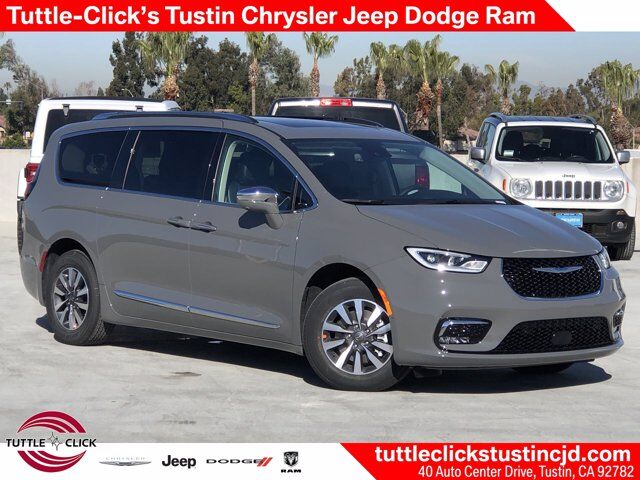 2021 Chrysler Pacifica Hybrid Limited Tustin CA