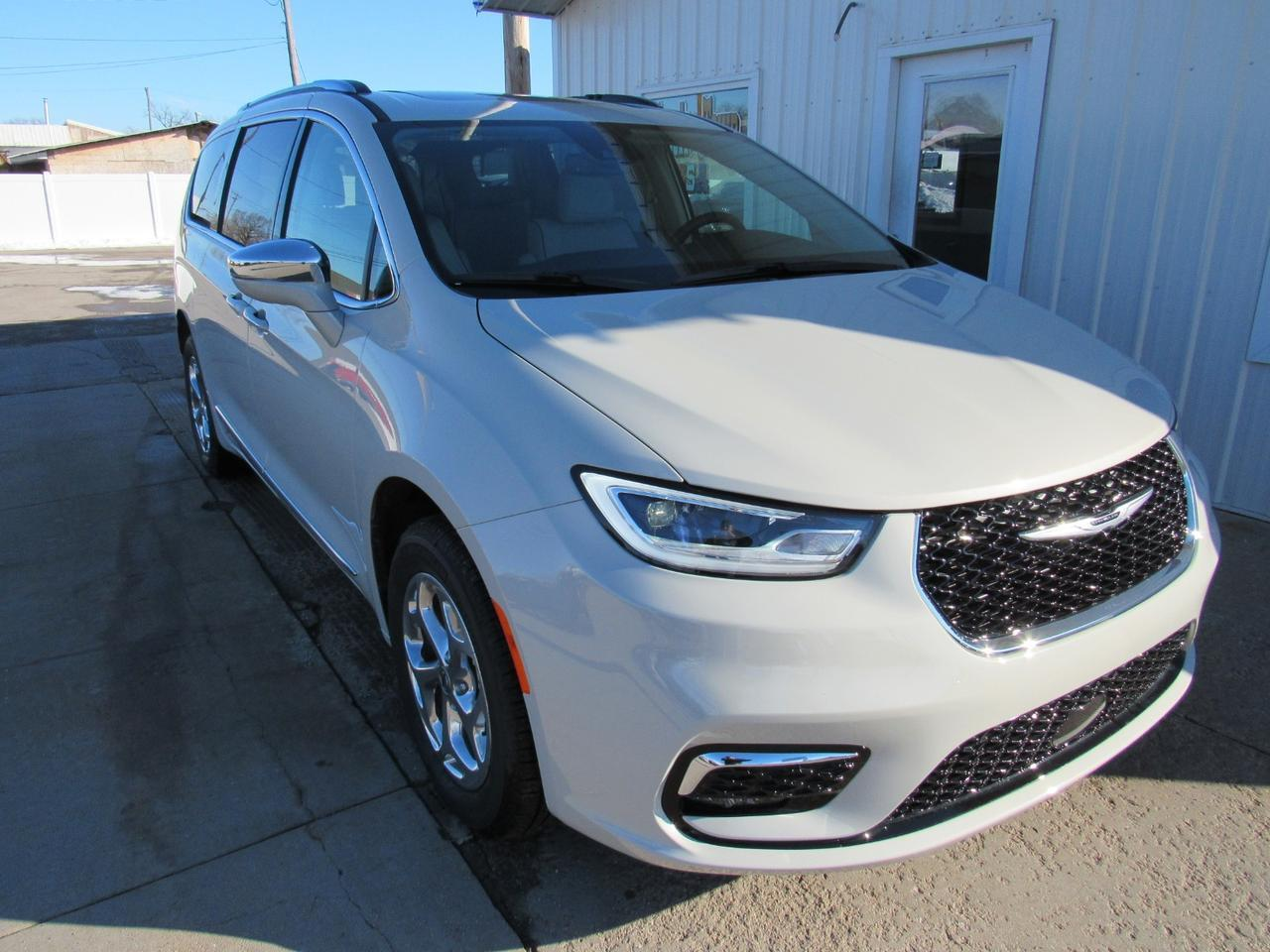 2021 Chrysler Pacifica LIMITED AWD Beatrice NE