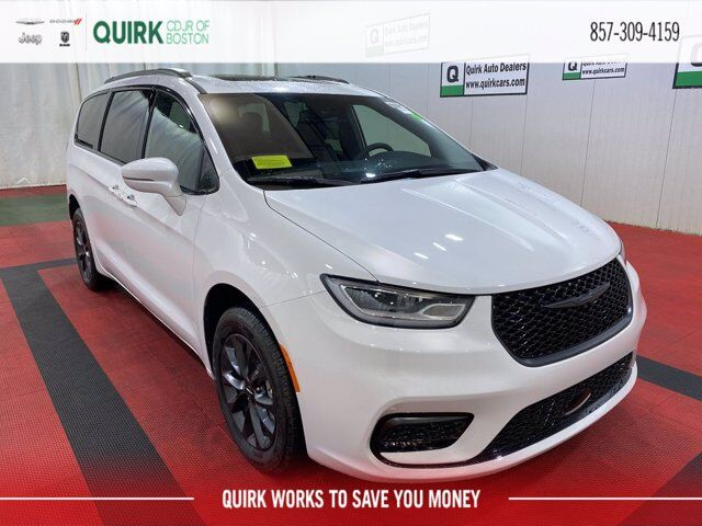 2021 Chrysler Pacifica LIMITED AWD Boston MA