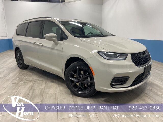 2021 Chrysler Pacifica TOURING AWD Plymouth WI
