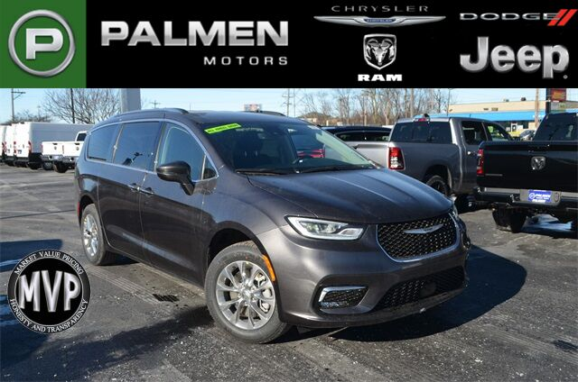 2021 Chrysler Pacifica TOURING L AWD Racine WI