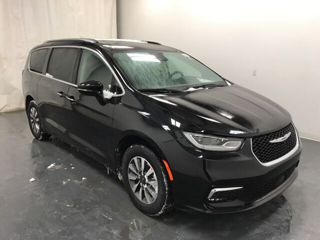2021 Chrysler Pacifica TOURING L Holland MI