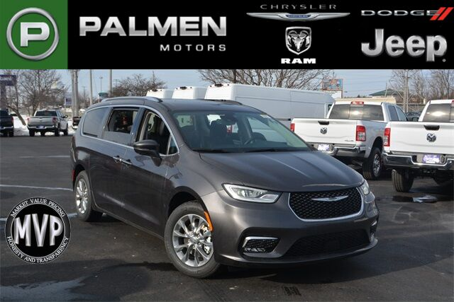2021 Chrysler Pacifica TOURING L Racine WI