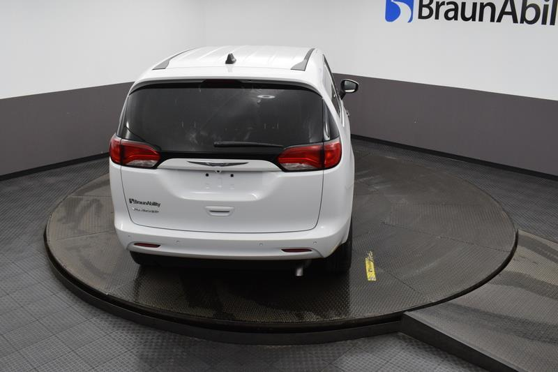 2021 Chrysler Voyager LXI Bethpage NY