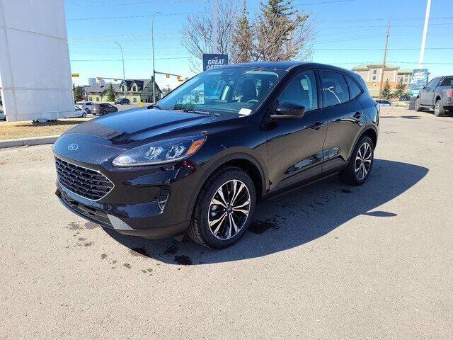 2021 Ford Escape SE - KEEP CALM AND TRUCK ON Calgary AB