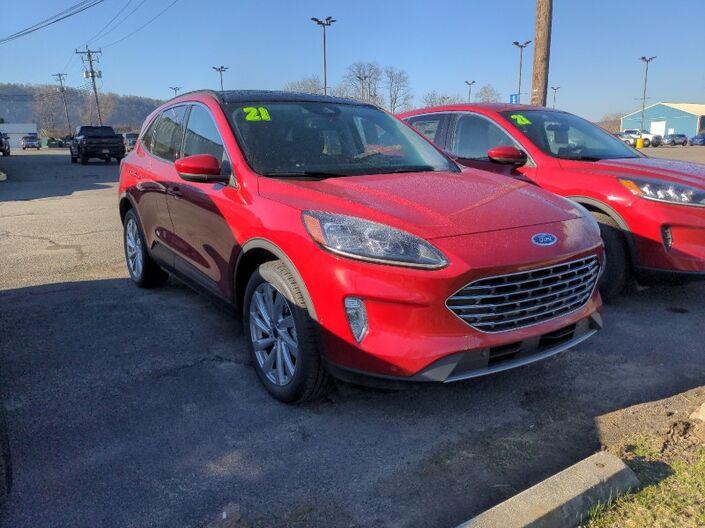 2021 Ford Escape Titanium Owego NY