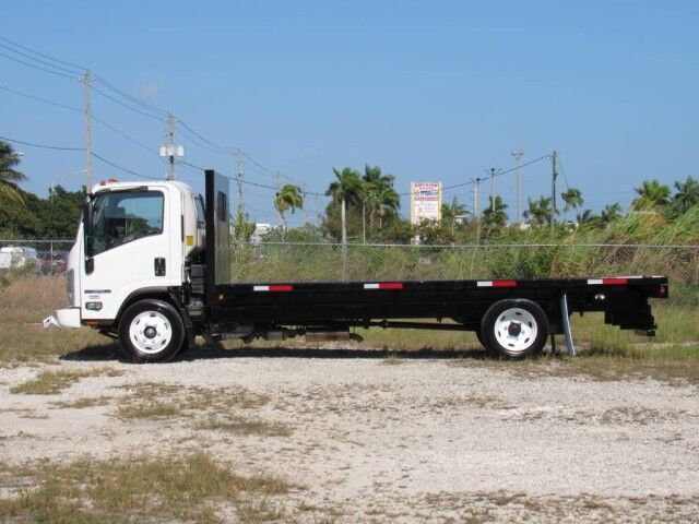 2021 Isuzu NPR-HD 20' BABCO Steel Flatbed (Gas) Homestead FL