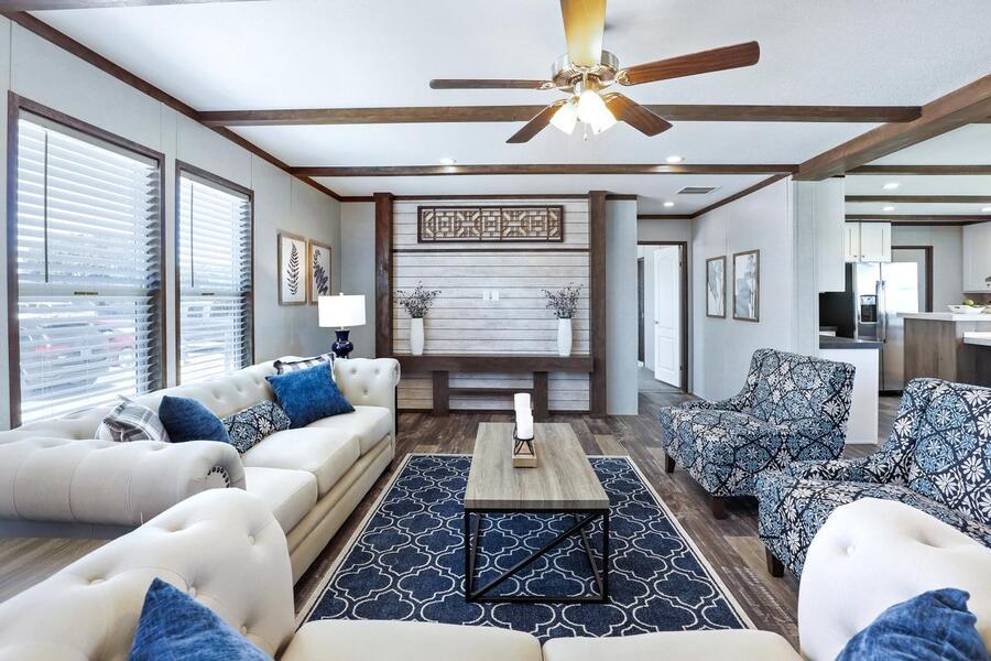 2021 JESSUP HOUSING ROYAL 2,040 SQFT Sealy TX