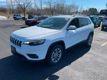 2021_Jeep_Cherokee_Latitude Lux_ Milwaukee and Slinger WI