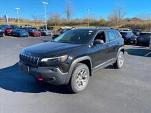 2021_Jeep_Cherokee_Trailhawk_ Milwaukee and Slinger WI