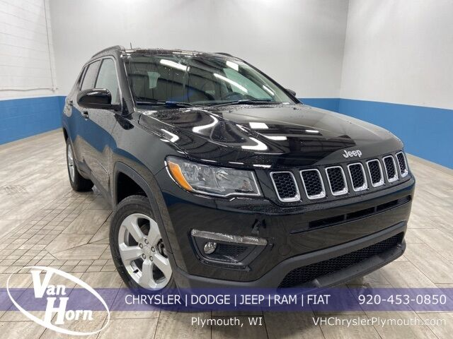 2021 Jeep Compass LATITUDE 4X4 Plymouth WI