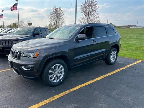 2021 Jeep Grand Cherokee Laredo Milwaukee and Slinger WI