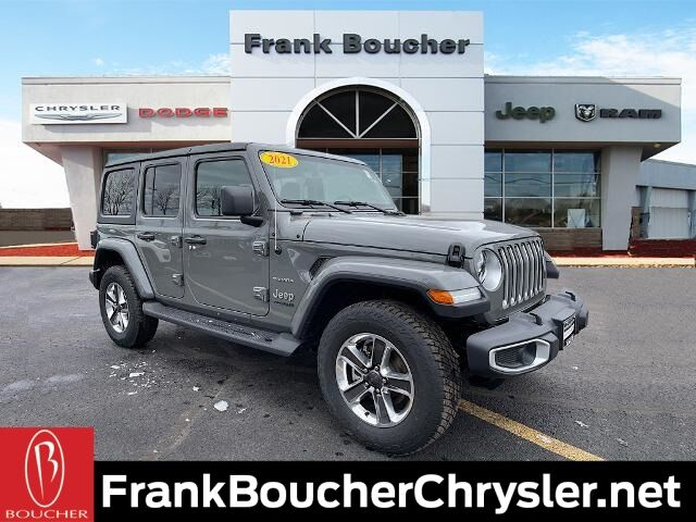 2021 Jeep Wrangler UNLIMITED SAHARA 4X4 Janesville WI