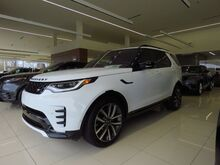 2021_Land Rover_Discovery_S_ Mission KS