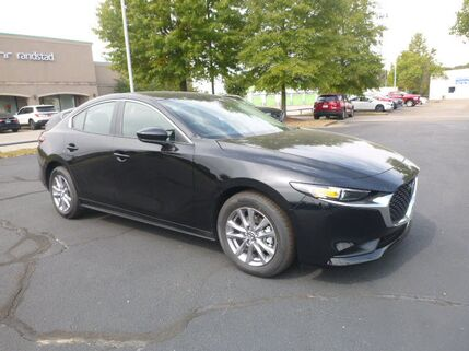 2021_Mazda_Mazda3 Sedan_Base_ Memphis TN