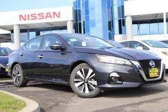 2021_Nissan_ALTIMA_2.5 SL_ Roseville CA