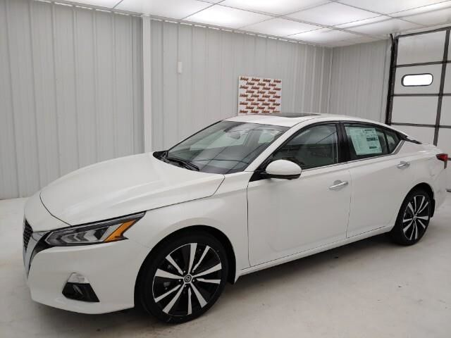 2021 Nissan Altima 2.5 Platinum AWD Sedan Manhattan KS