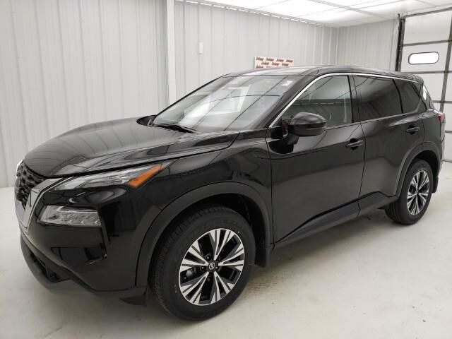 2021 Nissan Rogue AWD SV Manhattan KS