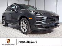 2021 Porsche Macan PREMIUM PACKAGE