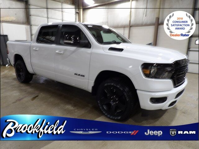 2021 Ram 1500 BIG HORN CREW CAB 4X4 5'7 BOX Benton Harbor MI