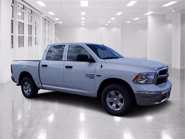 2021 Ram 1500 Classic TRADESMAN CREW CAB 4X4 5'7 BOX Winter Haven FL