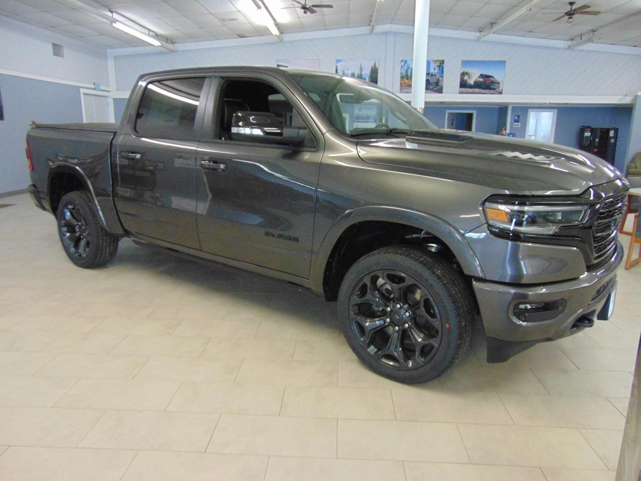 2021 Ram 1500 LIMITED CREW CAB 4X4 5'7 BOX