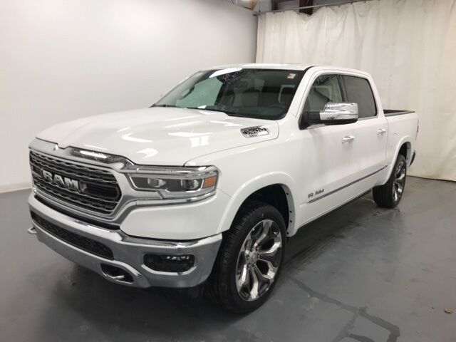 2021 Ram 1500 LIMITED CREW CAB 4X4 5'7 BOX Holland MI