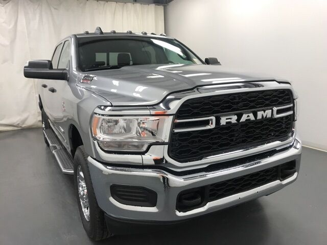 2021 Ram 2500 TRADESMAN CREW CAB 4X4 6'4 BOX Holland MI