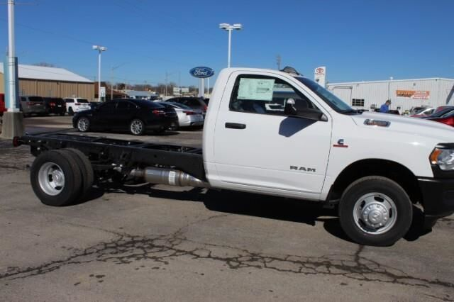"2021 Ram 3500 Chassis Cab TRADESMAN CHASSIS REGULAR CAB 4X4 84 CA"" Fort Scott KS"