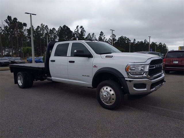 "2021 Ram 5500 Chassis Cab TRADESMAN CHASSIS CREW CAB 4X4 84 CA"" Davenport FL"