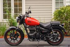 2021 Royal Enfield Meteor Fireball Red