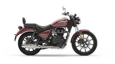 2021_Royal Enfield_Meteor_Stellar Red_ Boxborough MA