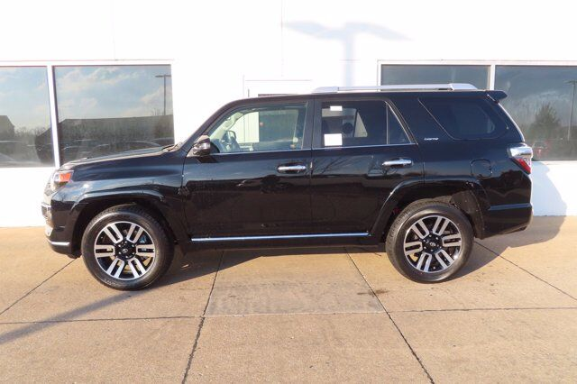 2021 Toyota 4Runner Limited 4X4 Moline IL