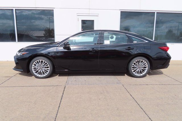 2021 Toyota Avalon Limited AWD Moline IL