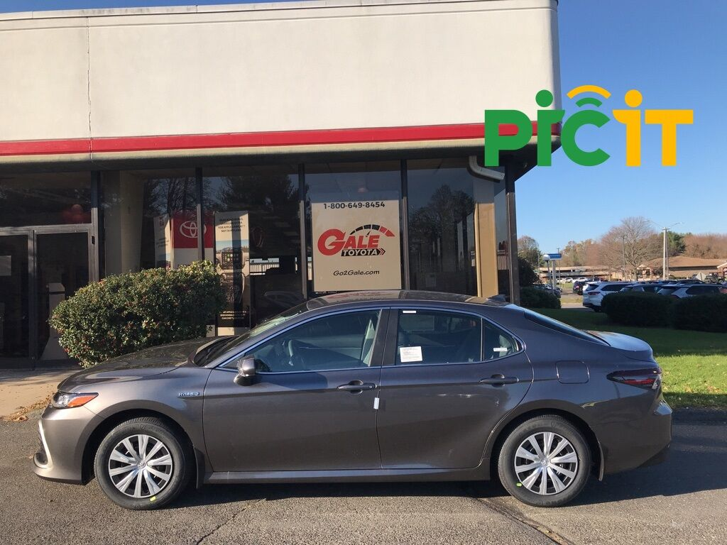 2021 Toyota Camry Hybrid LE Enfield CT