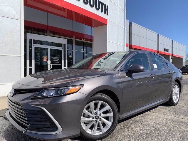 2021 Toyota Camry LE Bloomington IN