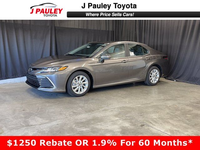 2021 Toyota Camry LE 4dr Car