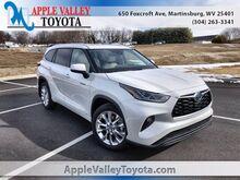 2021_Toyota_Highlander_Hybrid Limited_ Martinsburg