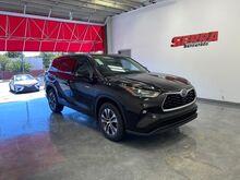 2021_Toyota_Highlander_Hybrid XLE_ Central and North AL