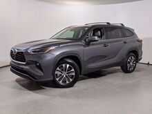 2021_Toyota_Highlander_XLE_ Cary NC