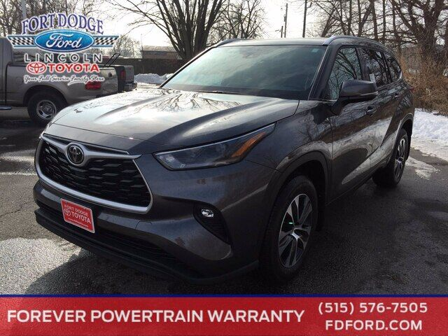2021 Toyota Highlander XLE Fort Dodge IA