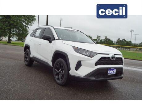 2021 Toyota RAV4 LE  TX