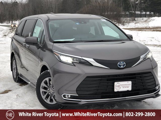 2021 Toyota Sienna XLE White River Junction VT