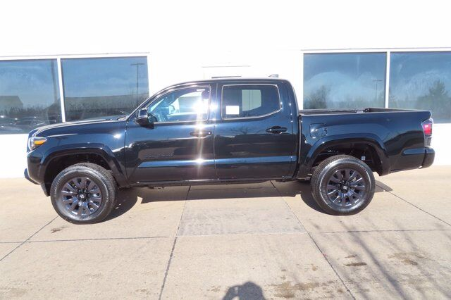 2021 Toyota Tacoma DoubleCab Limited Nightshade Edition 4X4 Moline IL