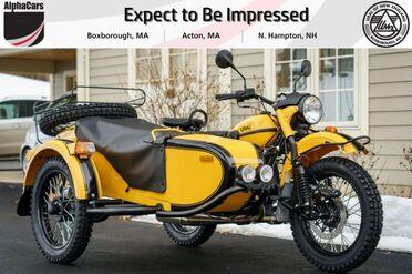 2021_Ural_Gear Up_Yellow & Black_ Boxborough MA